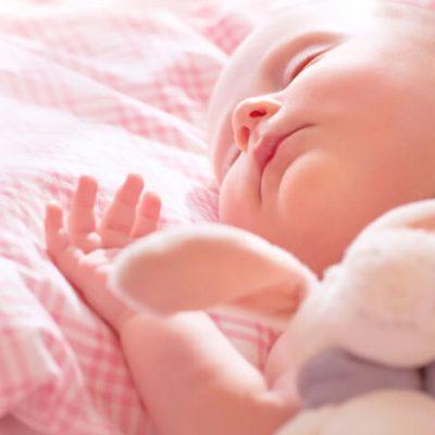 Cómo hacer dormir a un bebé: trucos para conseguirlo fácilmente