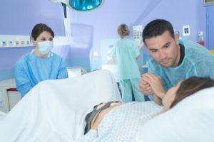 Mejor postura para el parto_litotomia