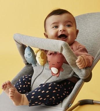 babybjorn-juguete-para-hamaca-amiguitos-juguetones